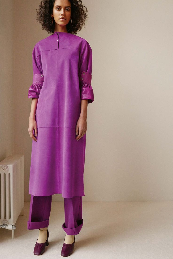 http://www.vogue.com/fashion-shows/pre-fall-2016/celine/slideshow/collection