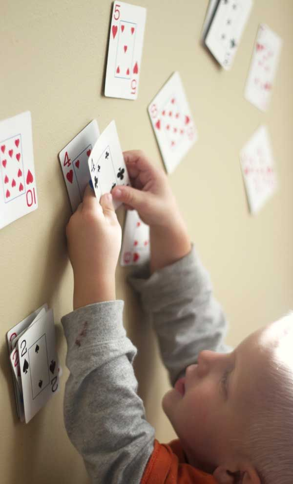 A number match game with playing cards