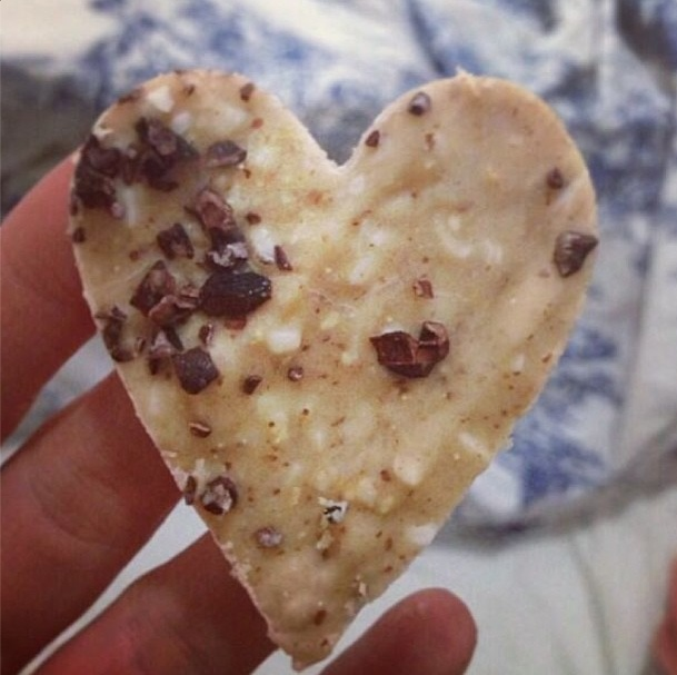 I Quit Sugar: Almond Butter Bark