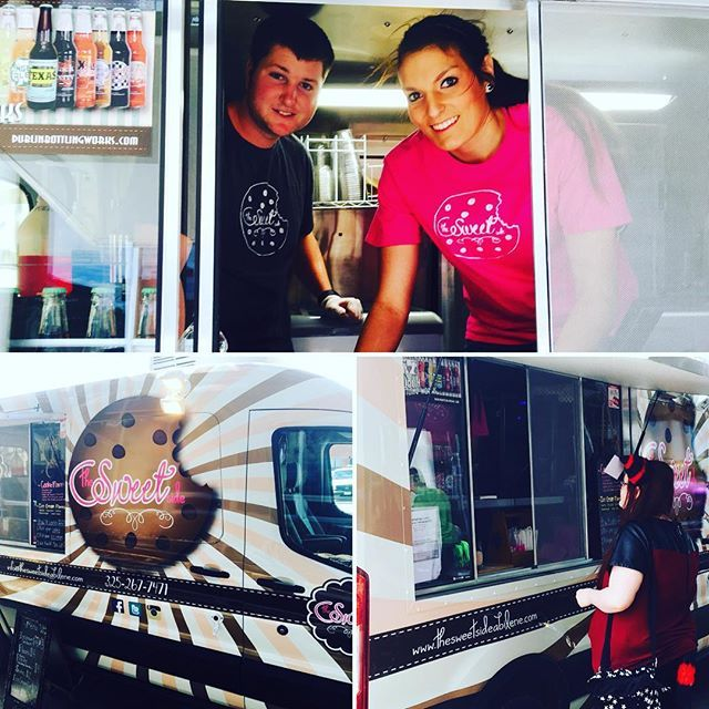 We were so happy to have @thesweetsideabilene #FoodTruck back at the library as they were on hand to serve up their tasty #treats to guests attending the final day of #LibCon.  Huge fan of their #IceCreamSandwiches! #AbilenePublicLibrary #Sweets #Treats #Tasty #Food #Foodies #Activity #Lunch #LibCon2016