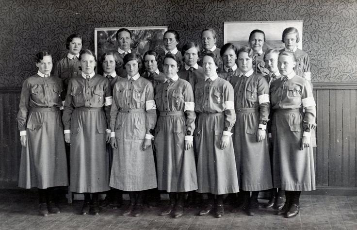 Lotta Svärd members