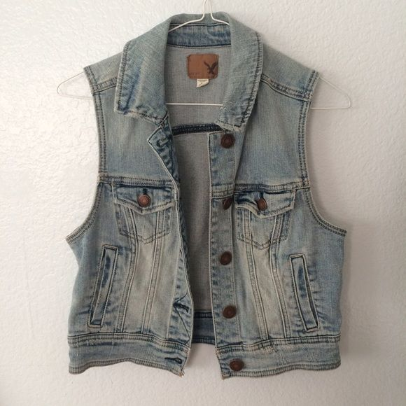 American Eagle Denim Vest American Eagle Outfitters, Size Small (would also fit a smaller medium). Perfect condition, great for adding patches to or layering for summer.:) American Eagle Outfitters Jackets & Coats Vests