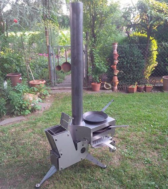 Stumble upon this Facebook post, showing this Modular rocket stove by German builder RF Raketenöfen. The commercial rocket stove consists of a basic heater, complementary attachments (lamp module, espresso module and cooking / bake / grill module) and some accessories like mantle hat or storage tank for wood pellets. You can choose between stainless steel or steel.This is what they say on their website:'The rocket stove sounds so much like a launching rocket during the operation, this sound…