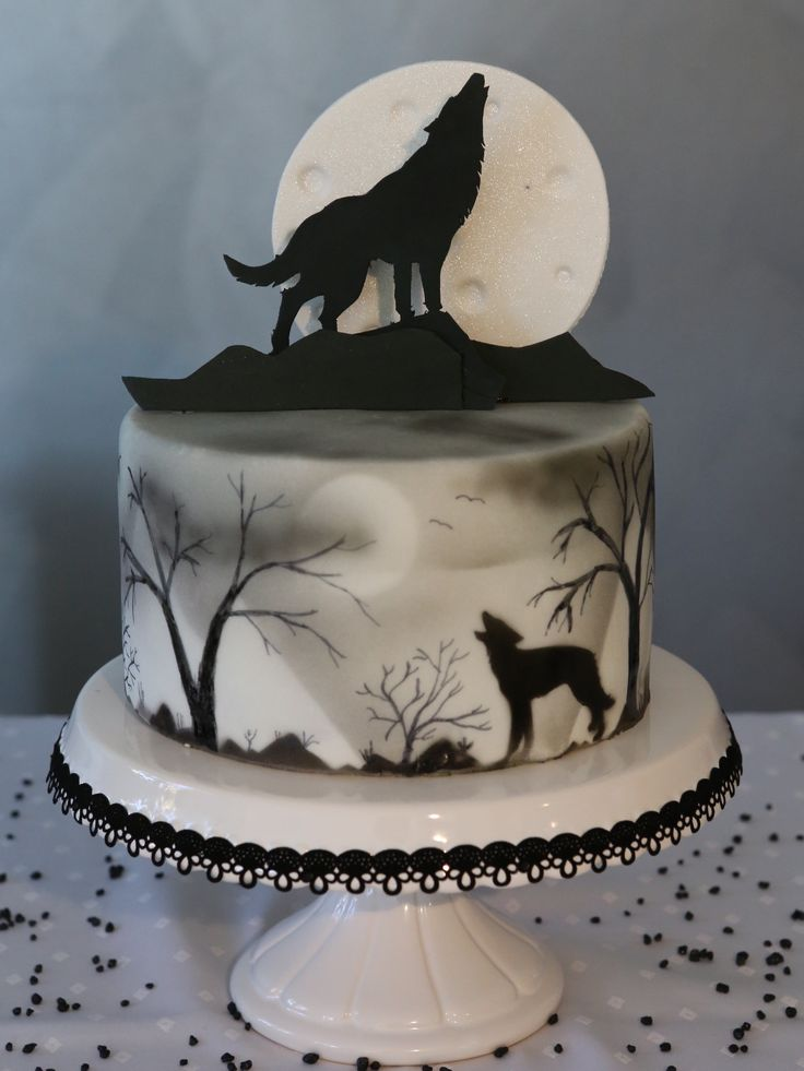 Halloween Cake Wolf Pie