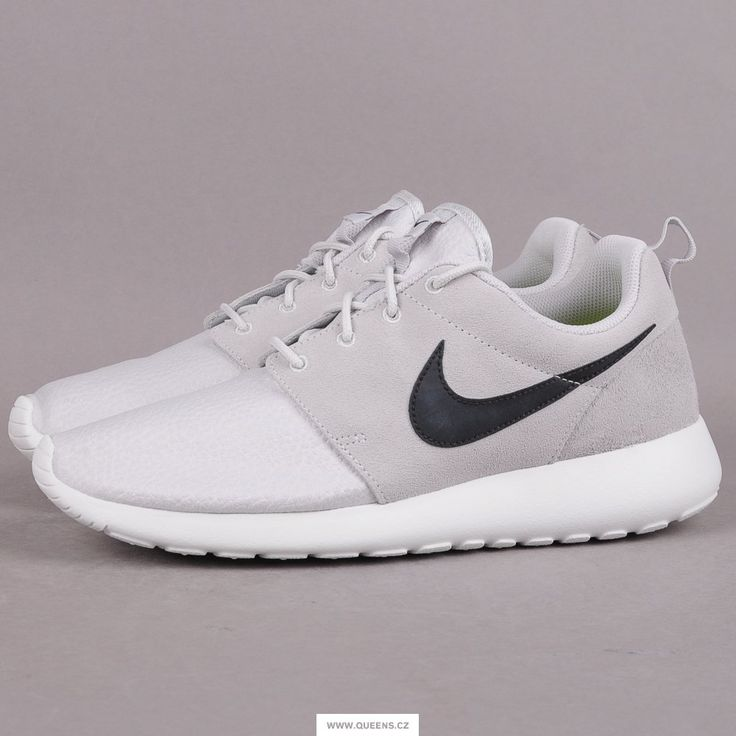 Fotka č. 1: Nike Rosherun Suede