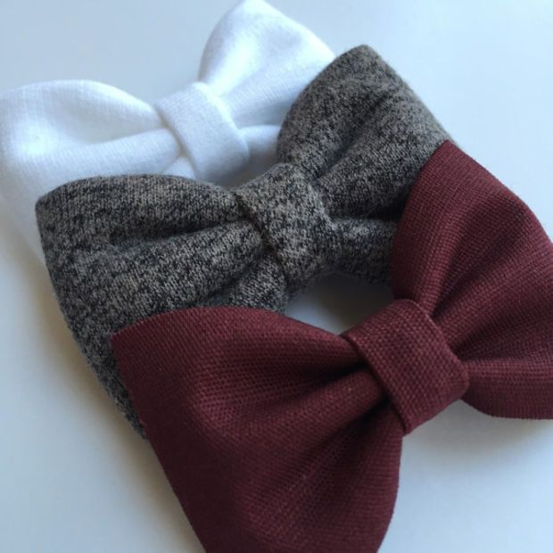 White and gray sweatshirt and burgundy Seaside Sparrow hair bow set. hair bow Hair bows for teens Hair bows for girls bows accessory.