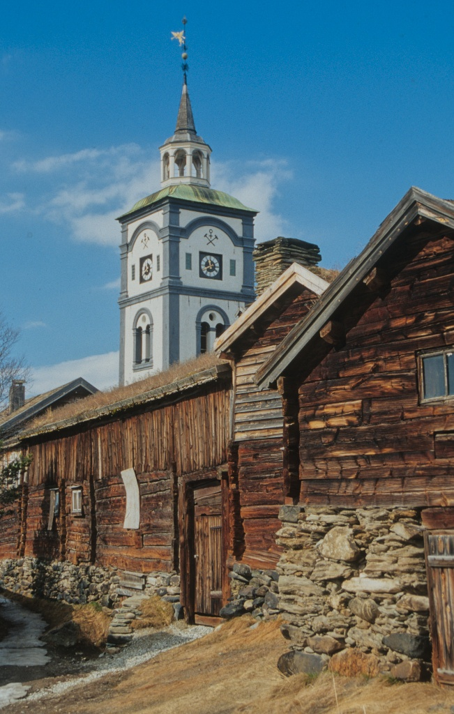 Røros Norway. Historic buildings. This town has been spared devastating fires and so retains many of its historic wooden and sod-roofed buildings. It has been designated a UNESCO World Heritage Site. Photo by Sparky Stensaas www.ThePhotoNaturalist.com