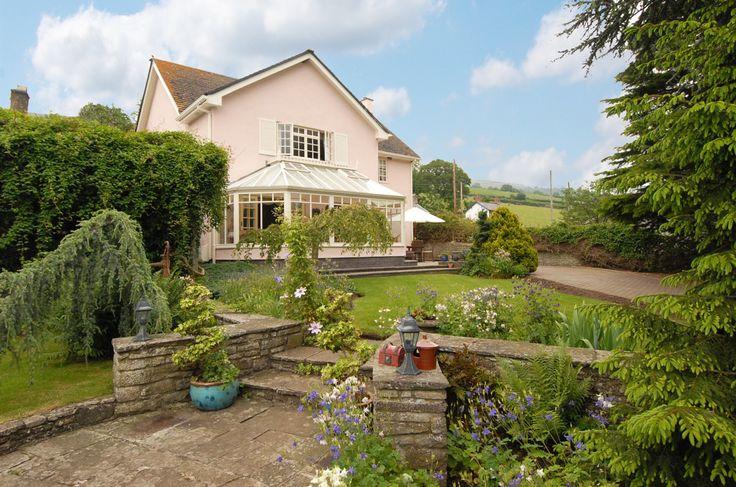 3 bedroom House for sale in Crickhowell