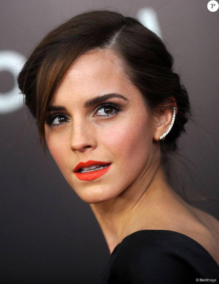 """Emma Watson - Première du film """"Noah"""" au Ziegfeld Theatre à New York le 26 mars…"""