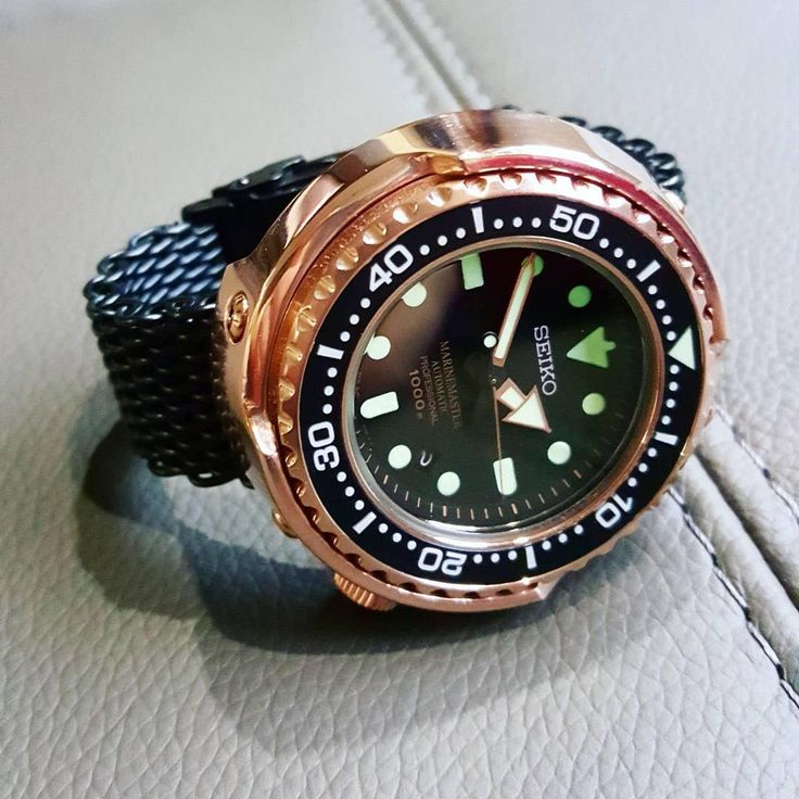 Seiko WatchesさんはInstagramを利用しています:「#Repost @toughwatches ・・・ Rose gold with a dash of lume... #seikodiver #seiko #marinemaster #sbdx014 #1000meters」