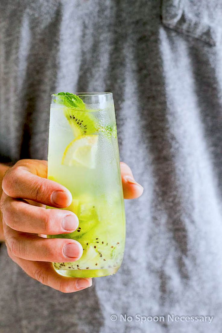 Cool kiwi tequila cocktail recipe summertime drinks