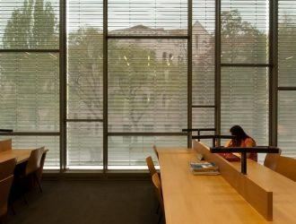 Szegedi Tudományegyetem, #árnyékoló, #építészet, #zsaluzia, #homlokzat, #alumínium, #tégla, #könyvtár
