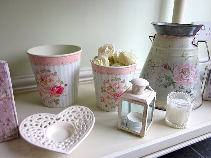 Amy Antoinette   Beauty Blog: A Shabby Chic Kitchen