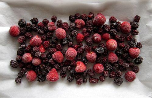Poppytalk: Bump up Summer: Vanilla Roasted Berries