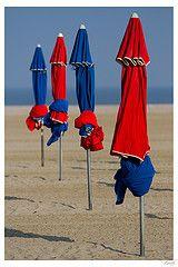 Alignement parasols de Deauville (Zenith_01) Tags: france beach umbrella parasol normandie normandy plage deauville
