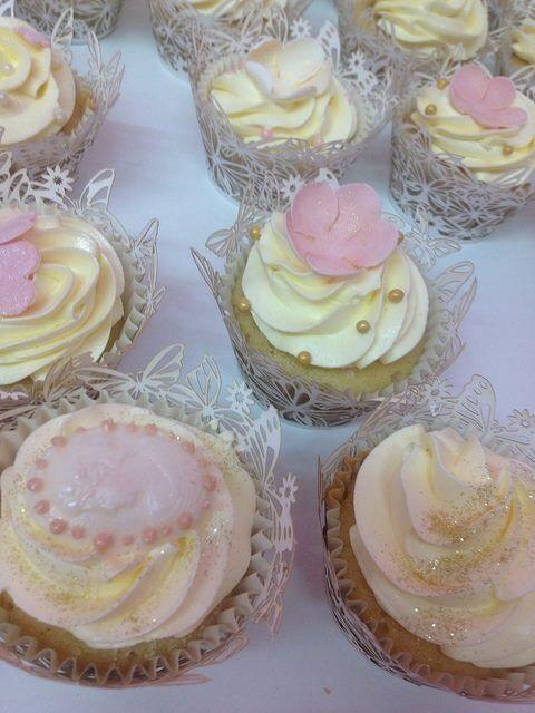 Cakes A Daisy