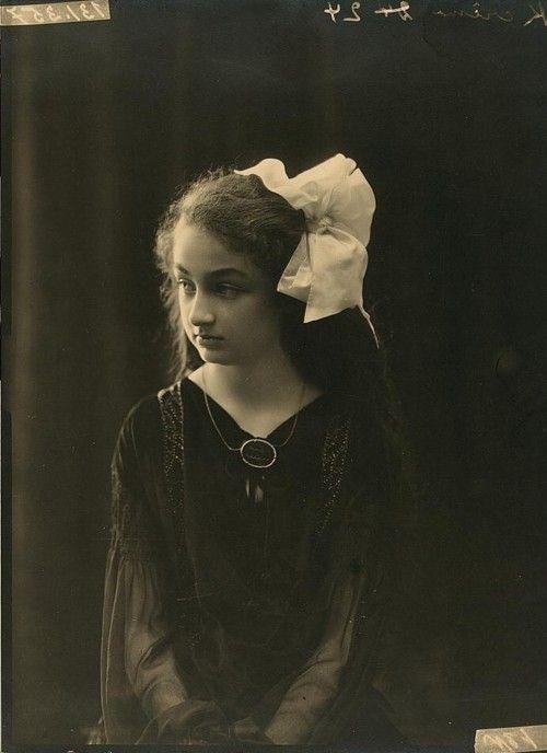 Princess Durru Shehvar of the Ottoman Empire, 9 years old, 1923