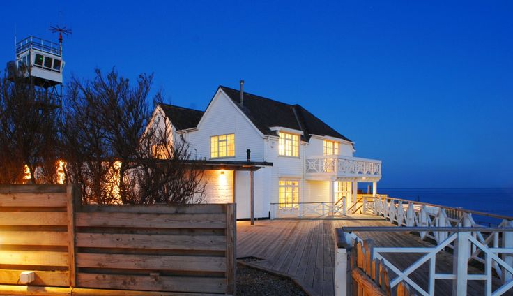 SELSEY BEACH HOUSESelsey, West Sussex, United Kingdom -- if only -- Sigh...