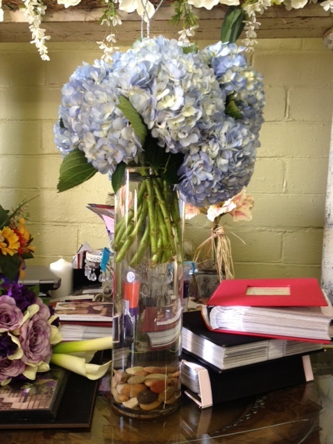 Hydrangea centerpiece wedding pinterest