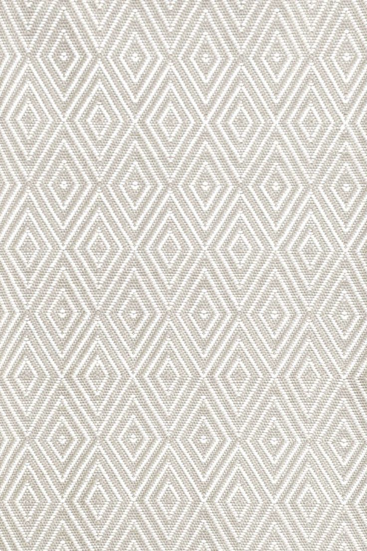 kitchen rug | Diamond Platinum/White Indoor/Outdoor | Dash & Albert Rug Company