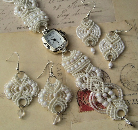 micro macrame - white on white
