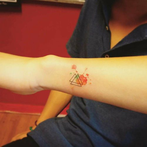 Little valknut as trefoil knot or triquetra tattoo. Tattoo...