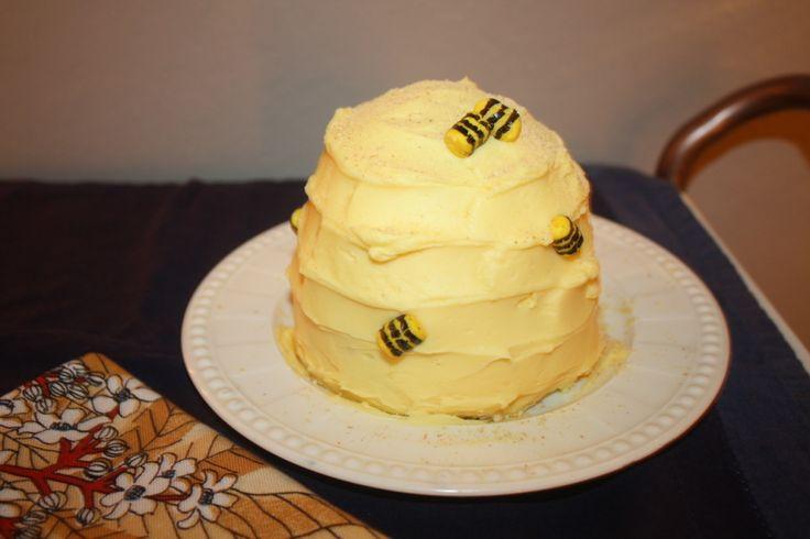 a.b.daisy: LITTLE BEE HIVE CAKE