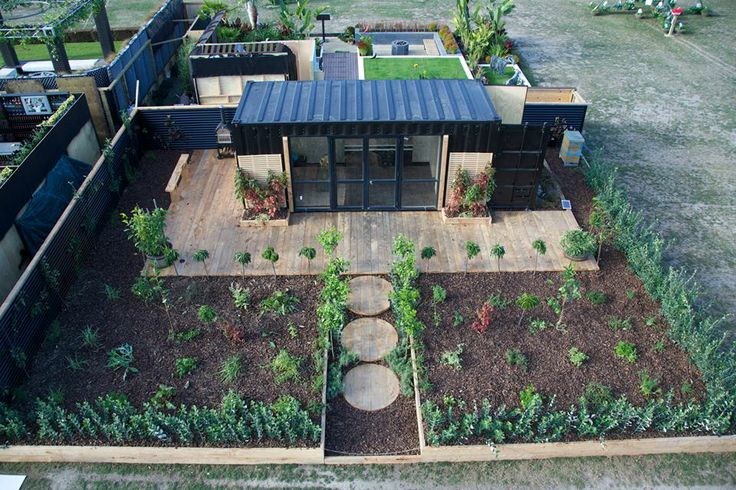 Perennial Paradise  Designed by Jade Temepara of Tipu Design