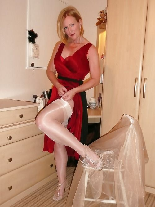 With Their Pantyhose At Bedroom 81