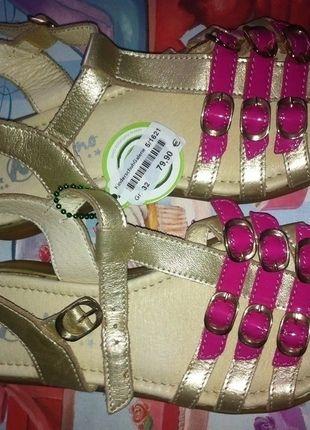 Kaufe meinen Artikel bei #Mamikreisel http://www.mamikreisel.de/kleidung-fur-madchen/sandalen/29477380-sandalen-neu-naturino-verstellbar-gr-32-leder