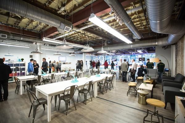 The view inside the pop-up Dell Store at 506 S. Congress Ave, which opened on Thursday, ahead of the 2013 Circuit of The Americas Formula 1 ...