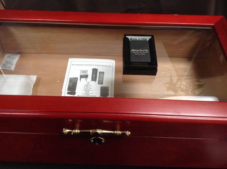 "Day 19 of 40 Days of Giveaways. Shefield & Son is giving away a humidor along with a zippo. This gift will also be known as the ""Mystery Gift""."