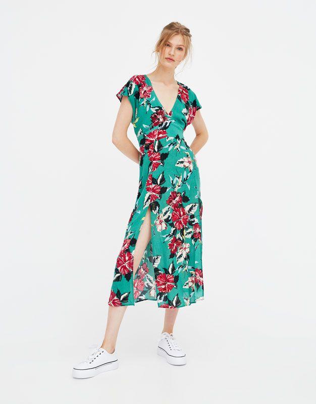 5fc2a53fc Vestido midi flores aberturas laterales - Vestidos - Ropa - Mujer -  PULL BEAR España