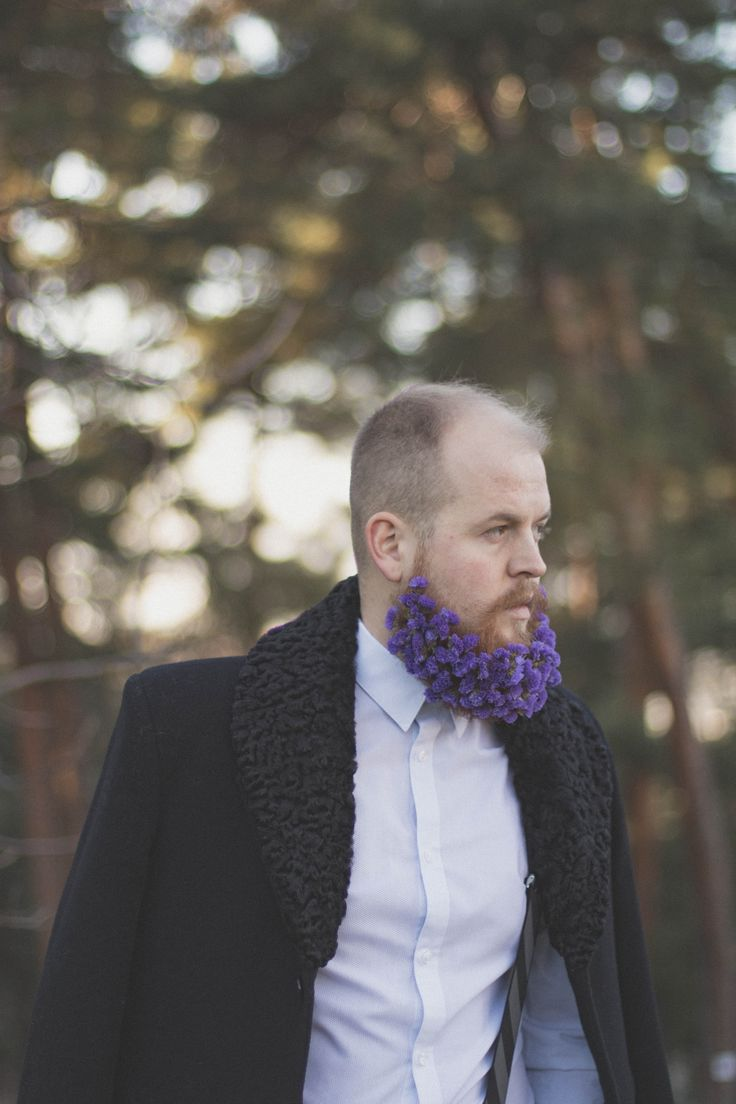 Flower beard. Loving purple. Facebook: Luna. Of light Instagram: @luna_oflight