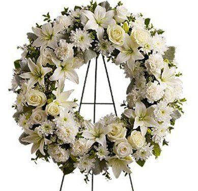 corona-flores-sevisa-flor-blancas-variadas