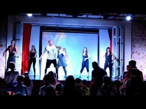 Biste braun - Club Dance  Protur Hotels