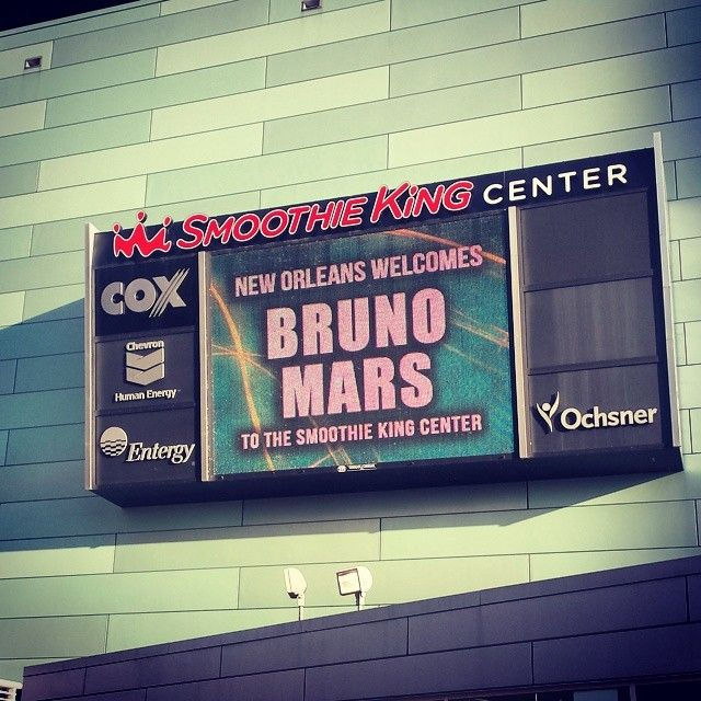 Smoothie King in New Orleans, LA  Bruno Mars @ Smoothie King Center #moonshinejungletour http://instagram.com/brunomars http://www.brunomars.com http://twitter.com/brunomars http://youtube.com/brunomars