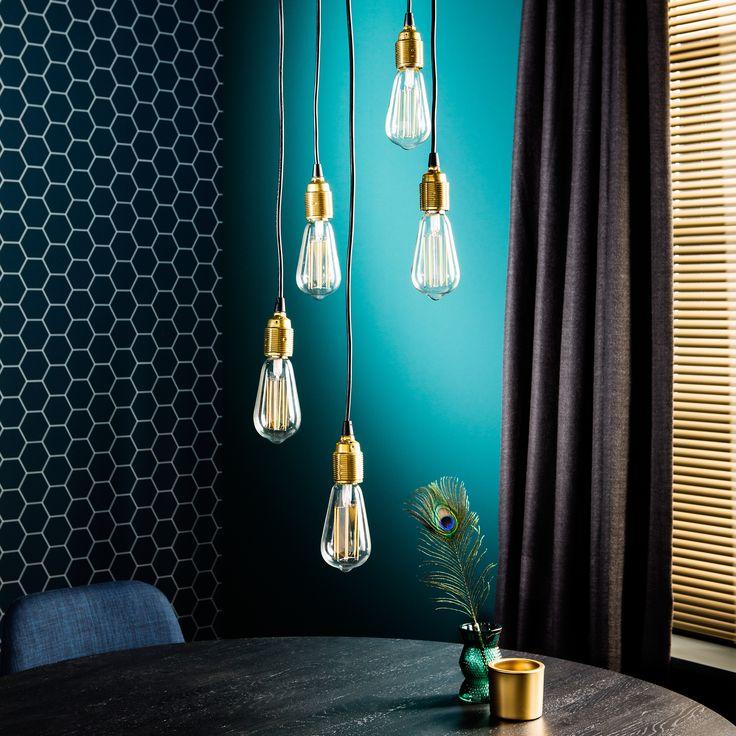 Deze lampen kun je zelf in lengte verstellen en je kunt zelf de lampen kiezen. Zo stel je makkelijk je eigen unieke lamp samen.