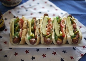 Chicago-Style Hot Dogs - Perfect for a Fourth of July PartyFourth Of July, Chicago Styl Hot, Chicagostyl Hot, July Ideas, July 4Th, 4Th July, Chicago Style, Food Recipe, Hot Dogs