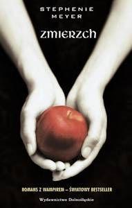 Romantyczna historia tragicznej miłość wampira i człowieka czyli Zmierzch Stephenie Meyer. To co media zrobiły z tą książką według mnie tylko pogorszyło sprawę, ale co ja tam wiem... sprawdźcie sami.     (anty)recenzja tutaj:  http://moznaprzeczytac.pl/zmierzch-recenzja-ksiazki/