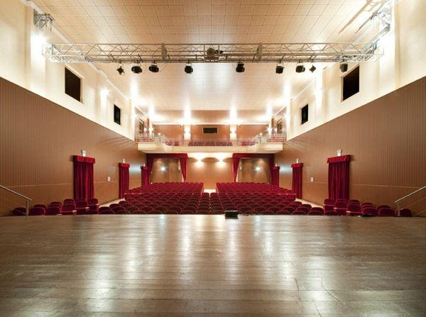 Il #palco del teatro #Martinitt ci aspetta ! che emozione! #solstiziourbano #saggio #quellidiaries spettacolo di #danzadelventre e tanto altro a cura di Spazio Aries
