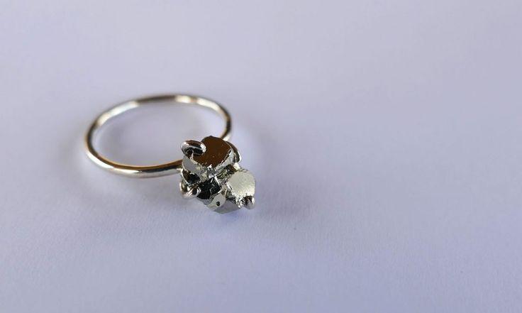 Silver pyrite ring. #foolsgold #handmade #roughstone #ringoftheday #present #shoponline #kinkel