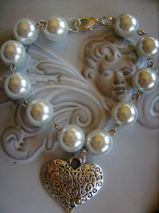 1x pearl beaded bracelet & heart silver tone charm bracelets - by createddesignsbyrina on madeit