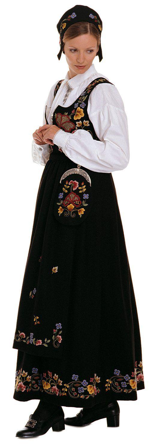 """Black """"Gudbrandsdalen festbunad"""" with apron from Gudbrandsdalen, Oppland, Norway"""