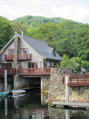 Melfort Harbour Cottages - Boat House East Cottage. Scottish West Coast