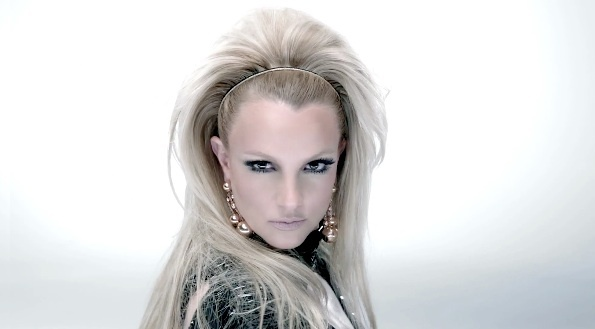 I love the even height of her hair behind the headband. Britney spears, scream and shout video