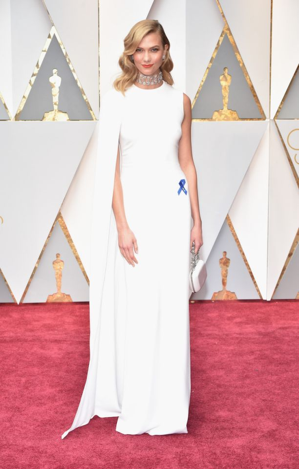 """<p><a rel=""""nofollow"""" href=""""https://www.yahoo.com/style/was-karlie-kloss-oscars-look-inspired-by-gwyneth-paltrow-010309795.html"""">Karlie Kloss might've stolen her style from Gwyneth Paltrow</a> but it totally paid off.<em>(Photo: Getty Images)</em> </p>"""