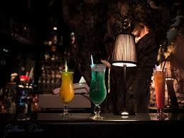 L'Alchimiste    Un classique strasbourgeois, incontestablement l'un des meilleurs bars de Strasbourg.    3 rue Soeurs