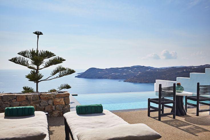 Le meilleur hôtel à Mykonos: Utopia Elia Beach Cyclades http://www.vogue.fr/voyages/hotel/diaporama/le-meilleur-hotel-a-mykonos-utopia-elia-beach-cyclades/26615#le-meilleur-hotel-a-mykonos-utopia-elia-beach-cyclades-11