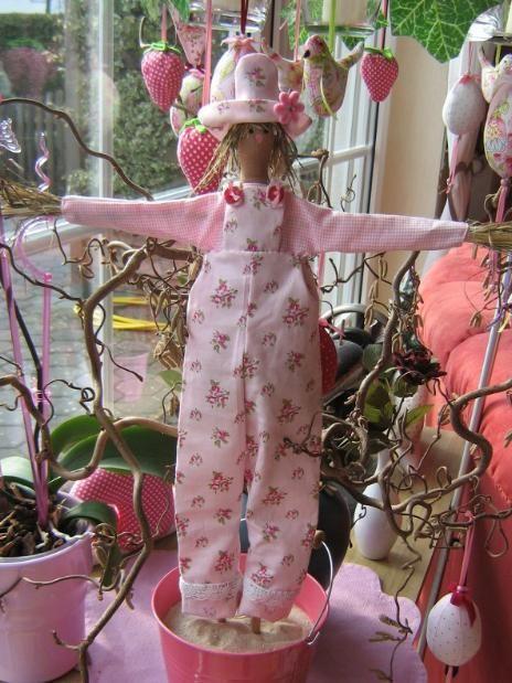 Тильда: Чучело садовое. Пугало огородное - 1 Июля 2010 - Кукла Тильда. Всё о Тильде, выкройки, мастер-классы.